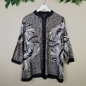 Travelers Collection by Chicos Button Front Kimono